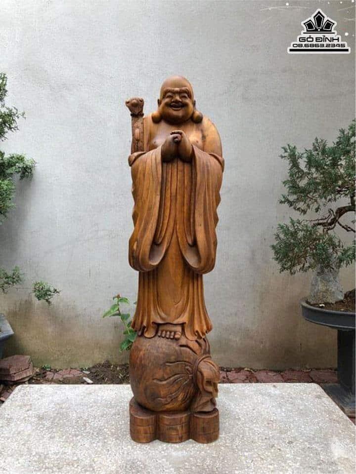 Tượng Phật Di Lặc Chúc Phúc Gỗ Bách Xanh