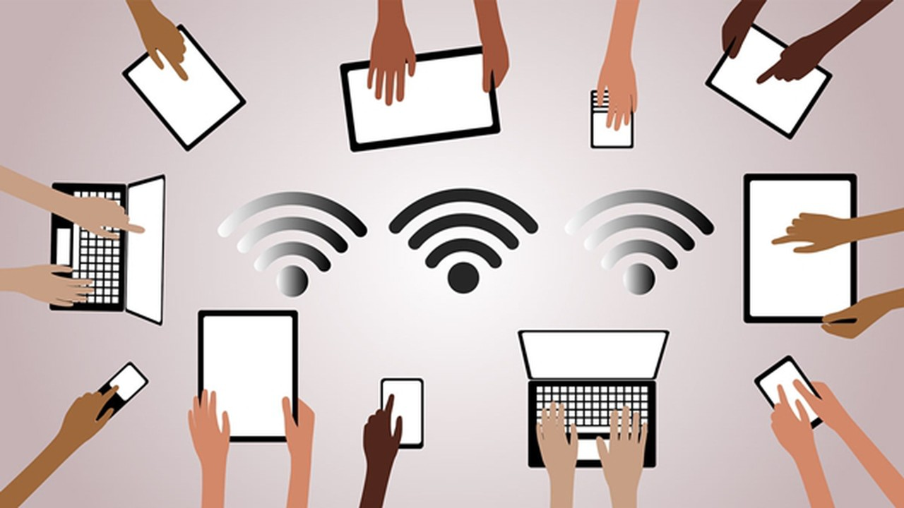 Thông thường con người thường nhập pass wifi để sử dụng phải không nào? Tuy nhiên vẫn còn một cách khác mà ít người biết tới đấy chính là nhập WPS pin cho phép dế yêu của bạn có thể liên kết chặt chẽ với Wifi mà không cần pass thông qua việc nhập mã pin.
