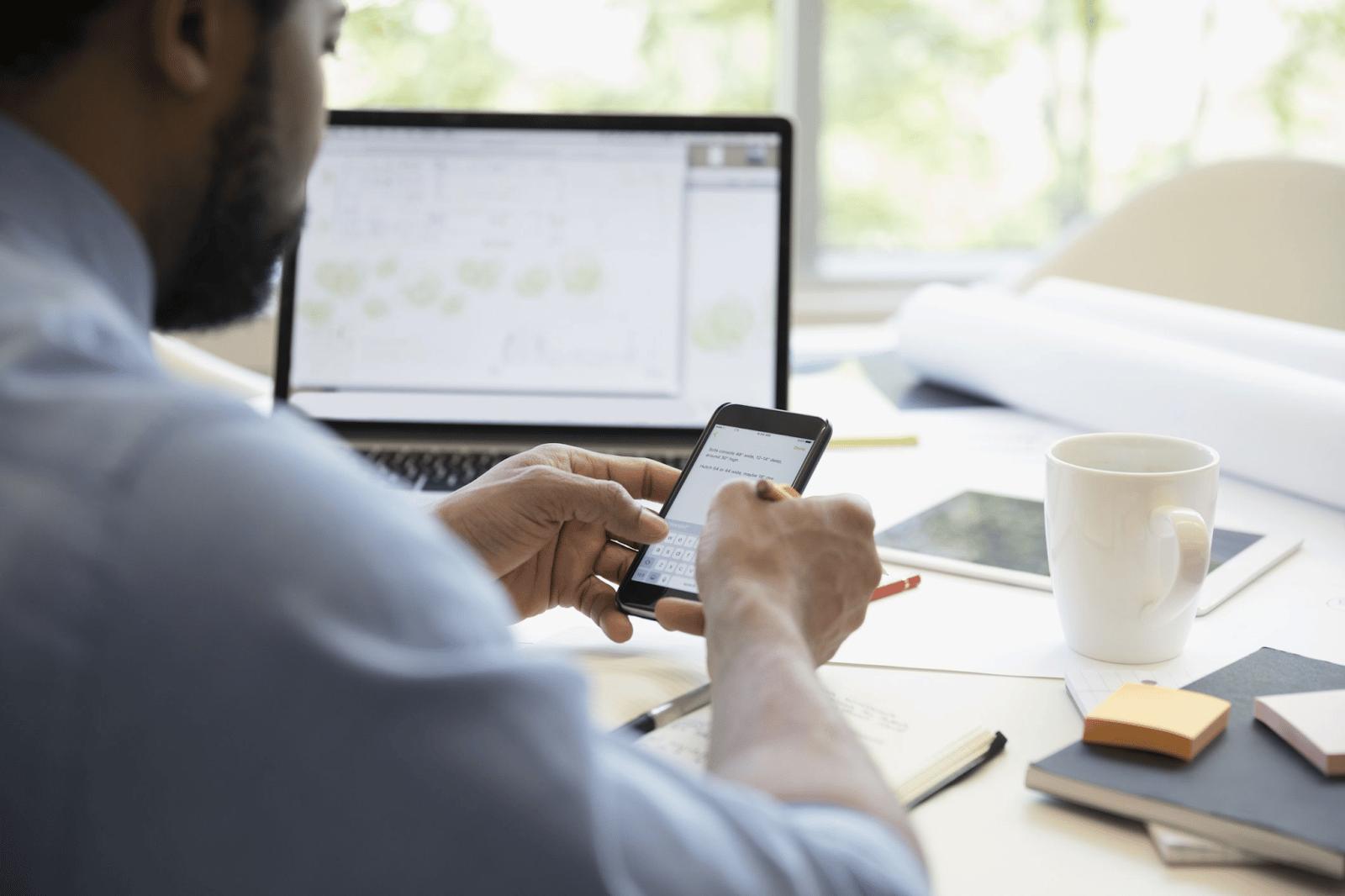 Hoạt động chăm sóc, sale qua điện thoại tưởng chừng giản đơn tuy nhiên không phải vậy, để chiều lòng được hiệu quả công việc các điện thoại viên cần nắm vững nhiều kỹ năng